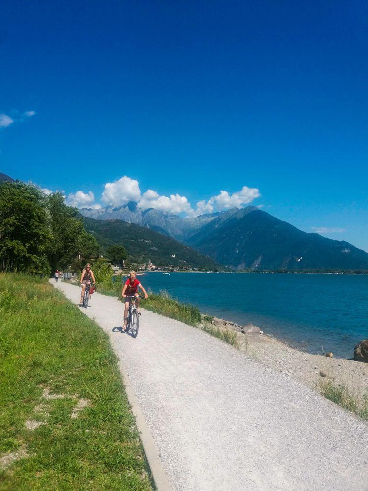 lago di Como in bici